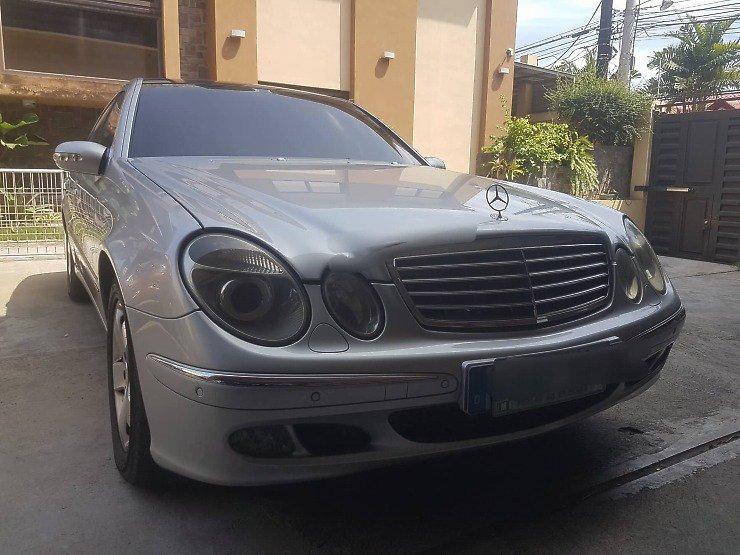 2002 Mercedes-Benz E220