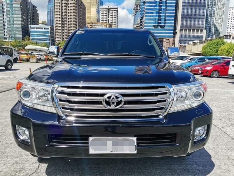 2014 Toyota Land Cruiser 200